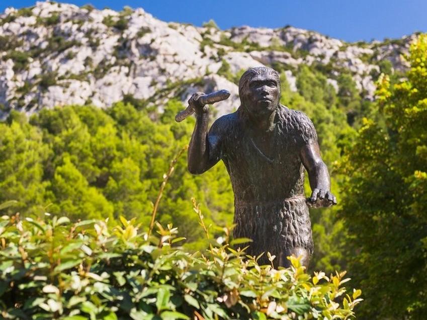 Tautavel-C-Musée-homme-de-tautavel-location-saisonnière-cucugnan-préhistorique-66